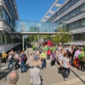 150 Menschen wanderten für Herzgesundheit